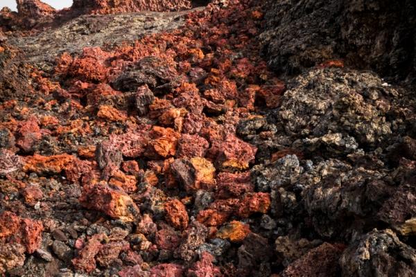 reunion-kalandnyaralas-tura-vulkan-lava-lavako-voros-sarkany-kitores36D0484A-548C-4065-2AF6-0F6F17FC7FF5.jpg