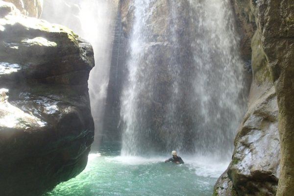 garda-to-kanyoning-olaszorszag-01079E31A0A-D198-EDE8-8691-9699772F9164.jpg