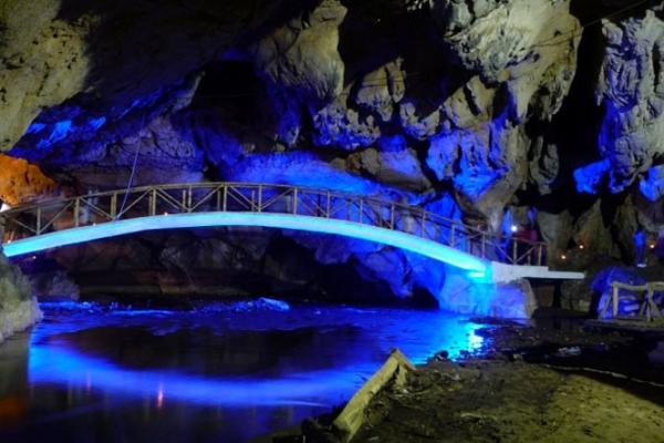 erdely-kalandtura-ghiduri-turistice-info-23E7AA05E8-6B23-F65F-E593-A2A855046952.jpg
