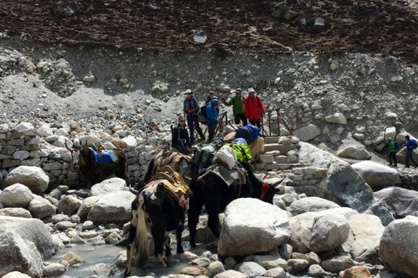 everest-alaptabor-trekking-tura-164364BCA2D-F2D3-702A-05F7-4A9385E86ECF.jpg