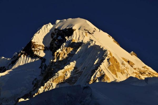 everest-alaptabor-trekking-tura-36C0F9D556-C8D3-E6AF-34B7-0D3C42D8656E.jpg