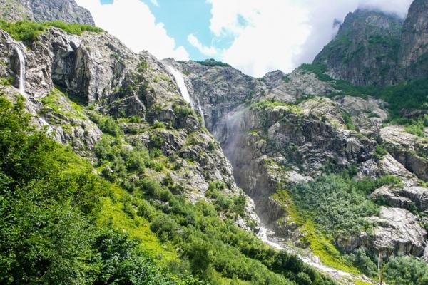 gruzia-kaukazus-tura-trekking-142EA2CE3E-9F12-E4EB-E570-3A6BA5D64497.jpg