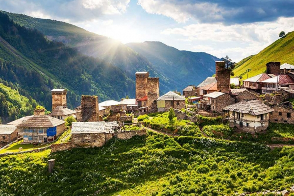 gruzia-kaukazus-tura-trekking-604B059E10-E2DC-F627-61FD-D7F87E6D75F9.jpg