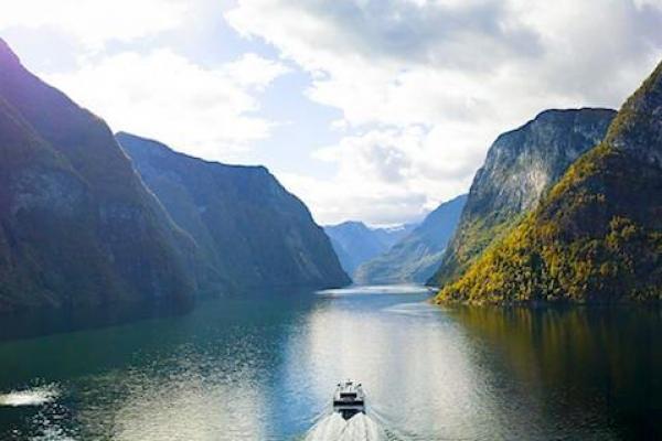 norvegia-via-ferrata-kalandtura-248DF438F-2D3B-92A2-B961-ABE84B18CDD5.jpg