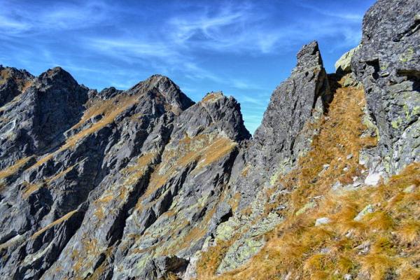 sas-ut-tura-magas-tatra-legizgalmasabb-hegyi-utvonala-4DCE3758D-276E-946C-6B64-C8EC3A2927E0.jpg
