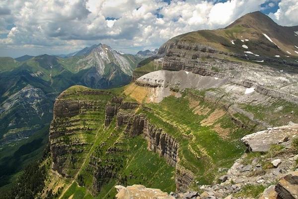 pireneusok-magashegyi-gyalogtura-monte-perdido-27E98E30B2-EEC0-16B3-4E6B-D2852BA4A9C0.jpg