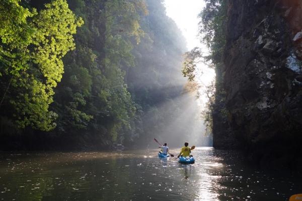 thaifold-tengeri-kajak-kalandtura-226871CC5D-D11A-FFDD-2109-039754BB06D7.jpg
