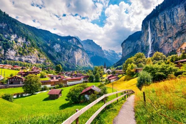 svajc-trekking-tura-lauterbrunnen-vizes-eiger-monch-jungfrauEE790BC1-0351-822F-9CB4-D6329D8AC132.jpg